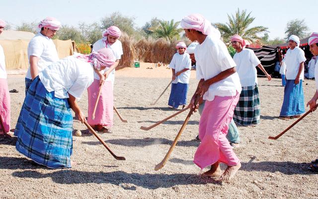 نادي تراث الإمارات يتبنى برامج منهجية لإحياء الألعاب الشعبية فكر وفن ثقافة البيان