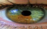 الصورة: غير لون عينيك من غير عدسات في 20 ثانية