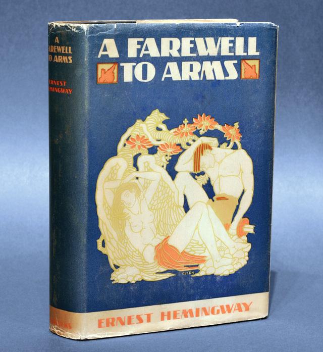 مؤلف رواية وداعا للسلاح