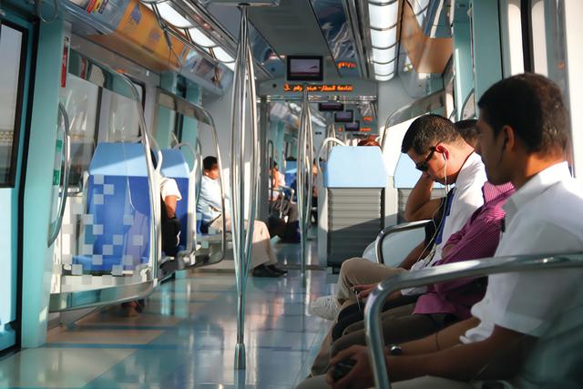 الصورة : الثقافة والحوار والتقارب الإنساني مزيج واحد في مترو دبي