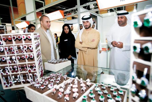 38906e3aa دبي تعرض أفخم وأغلى منتجات الألماس والذهب في العالم - البيان