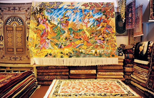 الصورة : افخر انواع السجاد تتوفر في الجناح الايراني