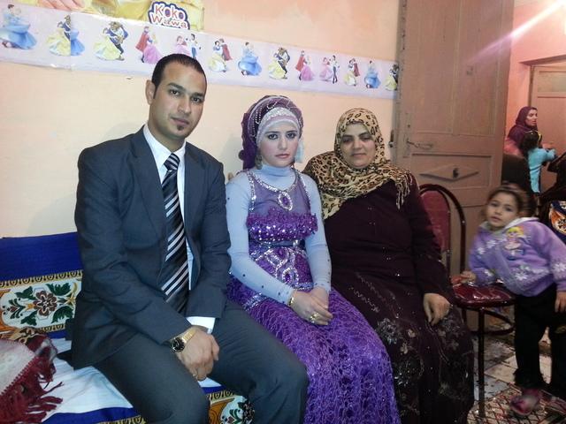 الصورة : طلعت ورانيا مع والدة رانيا
