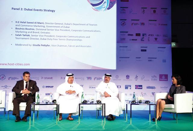 الصورة : القمة ناقشت تجربة دبي في استضافة إكسبو 2020 تصوير خليفة عيسى