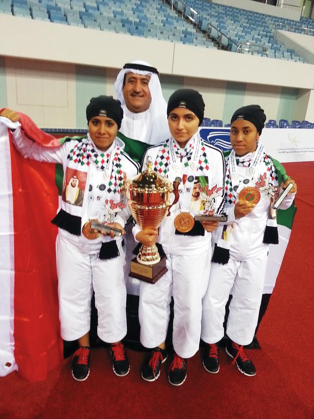 منتخب آنسات الإمارات للكاتا