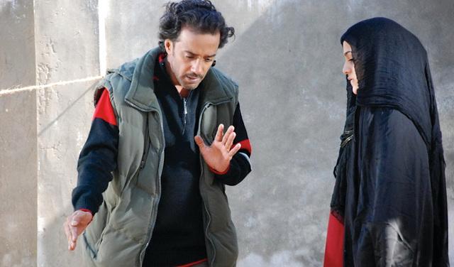 الصورة : سعيد سالمين أثناء تصوير فيلمه «بنت مريم»