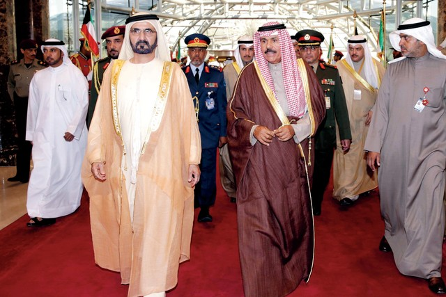 الصورة : سلطان الجابر ومصبح الفتان وخليفة سليمان وعارف الطنيجي