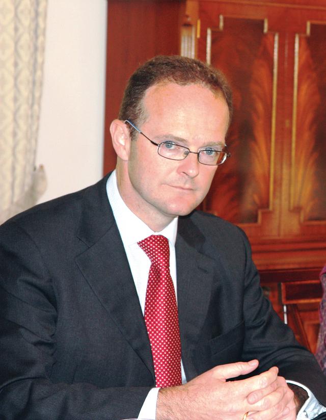 الصورة : دومينيك جيرمي السفير البريطاني لدى الدولة