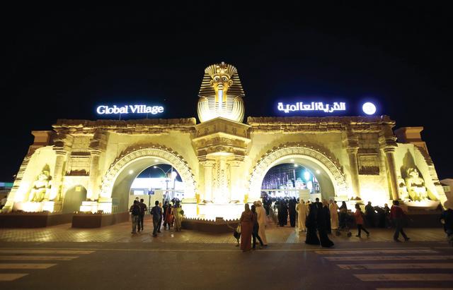 تقدم القرية العالمية باستمرار عروضاً باهرة وممتعة لزوارها    سالم خميس
