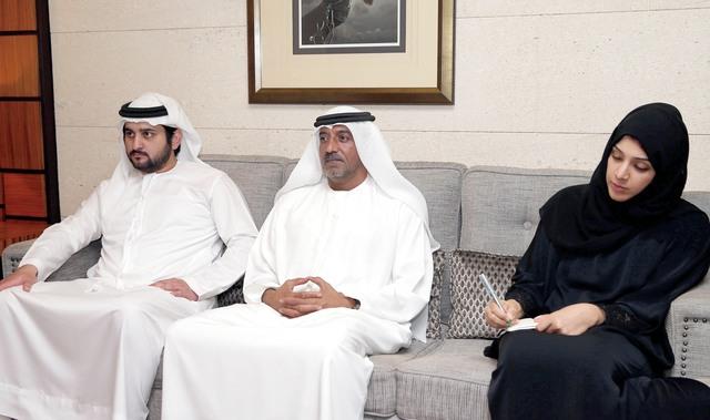 الصورة : مكتوم بن محمد وأحمد بن سعيد وريم الهاشمي  خلال اللقاء