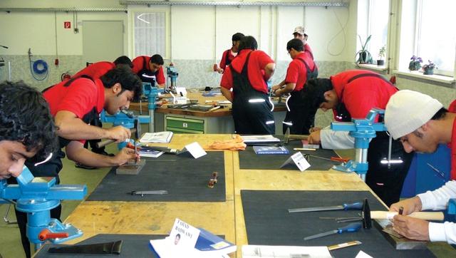 حضور قوي للايدي العاملة المواطنة في مصانع الشركة