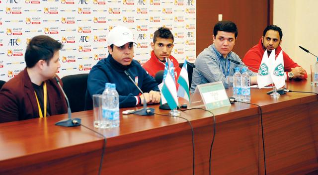 الصورة : مهدي علي يتحدث في المؤتمر الصحافي