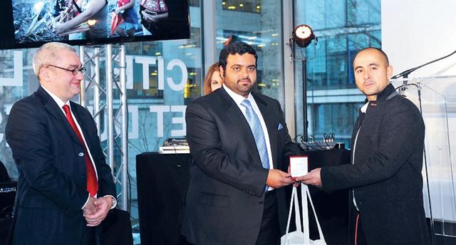 الصورة : ولي عهد الفجيرة خلال حفل تكريم الفائزين  وام