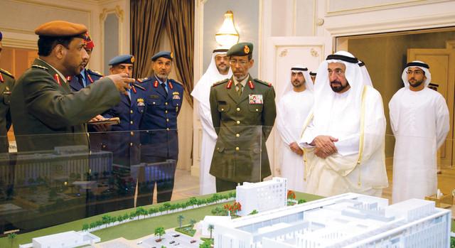 حاكم الشارقة يطلع على المشاريع التي تنفذها القوات المسلحة في الإمارةوام