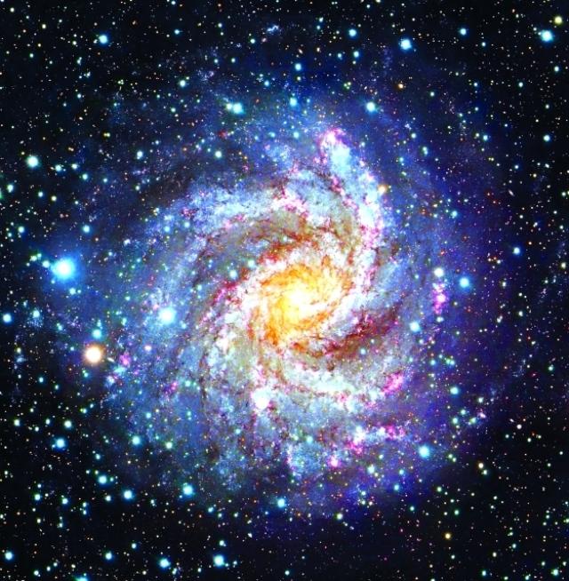 البروج نجوم زاهرة أقسم الله بها ملاحق رمضان آية وتفسير البيان