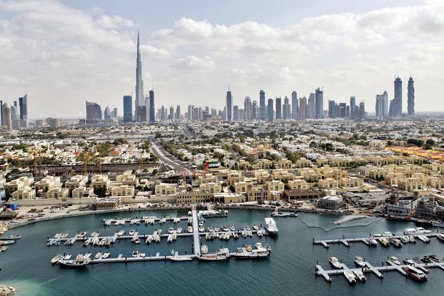 الصورة : حققت دبي انجازات اقتصادية متنوعة في فترة زمنية قياسية تصوير ـــ عماد علاء الدين