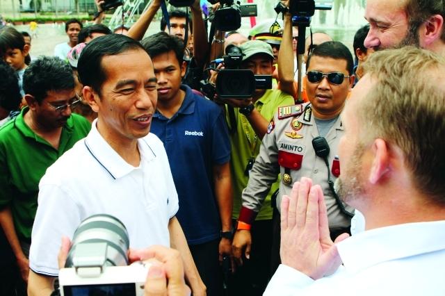 الصورة : انتخاب ويدودو رئيساً لإندونيسيا مؤشر على تعزيز الديمقراطية