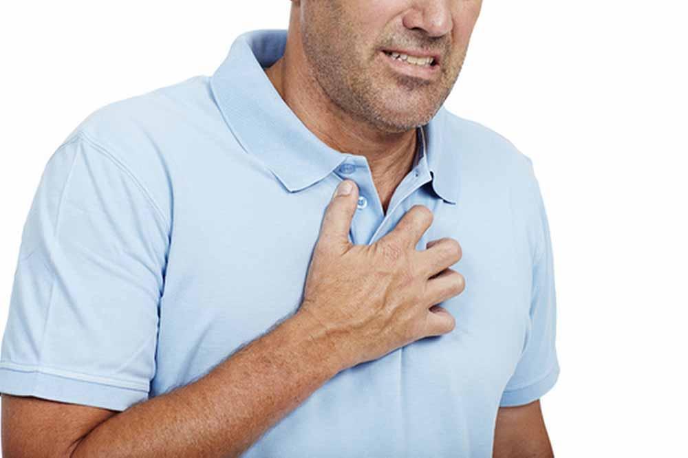 القضاء على آلام الصدر الناتجة عن القلق في 30 ثانية بلسم سلامتك البيان