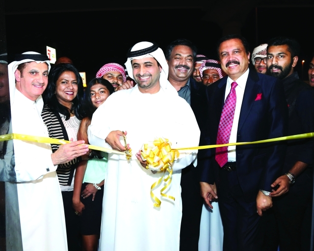 dd2b46c8e دبي تفتتح أكبر صالة عرض عطور في العالم - البيان