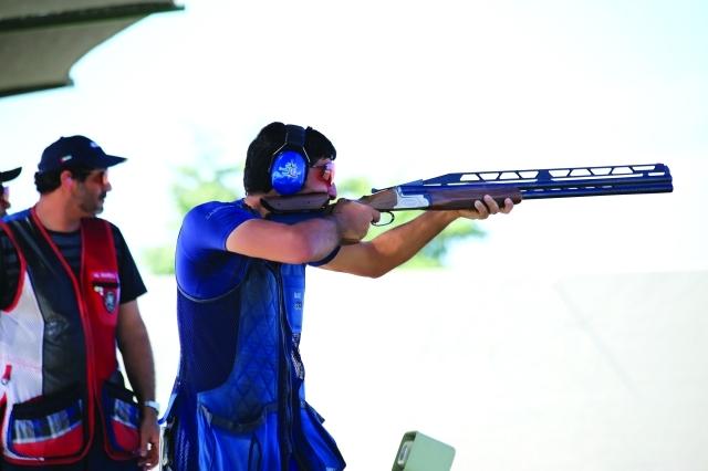 الصورة : جمعة بن دلموك يخوض منافسات «الدبل تراب» وهدفه التأهل للأولمبياد  - البيان