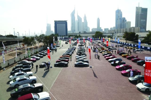 الصورة : تنافس شركات السيارات ينعكس إيجاباً على المستهلك الإماراتي -البيان