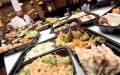 الصورة: الصورة: وجبات المطاعم قد تكون ضارة كالوجبات السريعة