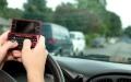 الصورة: الصورة: البالغون يهملون سلامة قيادة السيارة