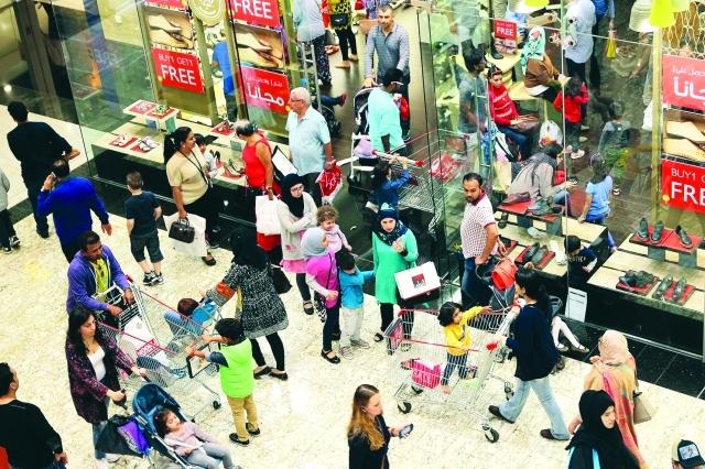 الصورة : مراكز التسوق شهدت حملة تخفيضات ضخمة خلال الفعالية - من المصدر