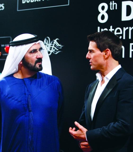 الصورة : محمد بن راشد والنجم العالمي توم كروز - البيان