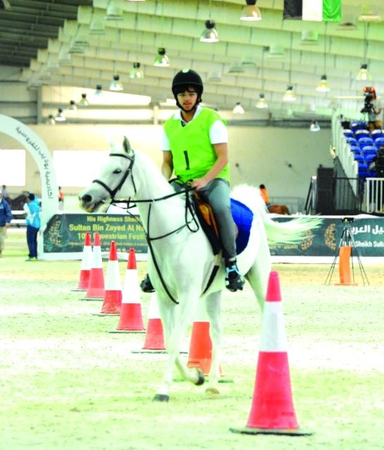 الصورة : ■ حمدان بن محمد بن خليفة بطل تحت 14 عاماً