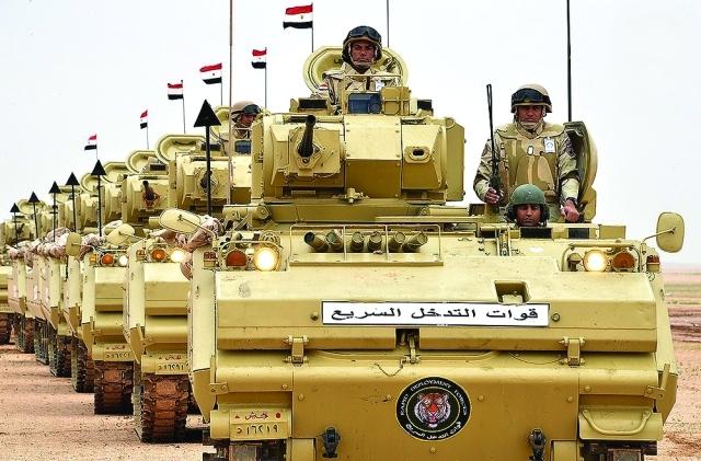 الصورة : الجيش المصري لدى مشاركته في «رعد الشمال» |   واس