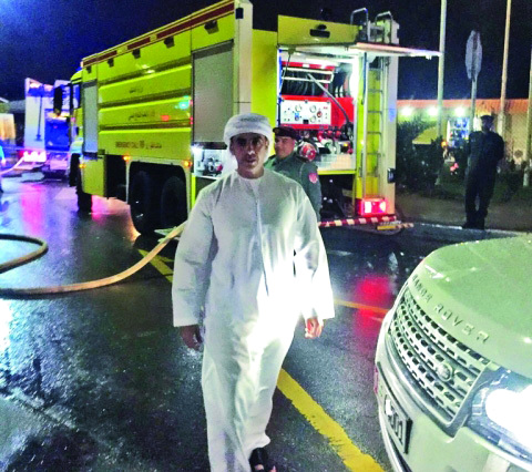 الصورة : Ⅶ سيف بن زايد أشرف شخصياً على عمليات الإطفاء  |  من المصدر