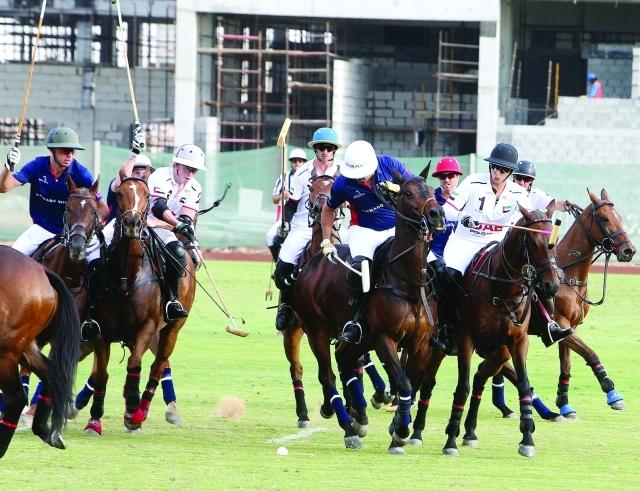 ■ ميثاء بنت محمد قادت فريقها الإمارات إلى النهائي  |  تصوير- محمود الخطيب