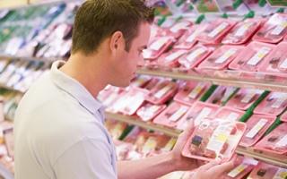 الصورة: الصورة: سلامة اللحوم تبدأ من الشراء