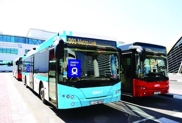 الصورة : التصميم الجديد للحافلات المغذية لمترو دبي