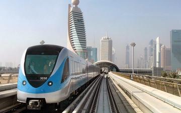 الصورة: مترو دبي .. صباح مفعم بروح مدينة لا تهدأ
