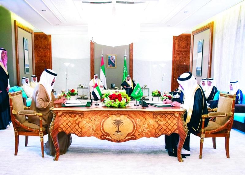 الصورة : توقيع اتفاق مجلس التنسيق السعودي الإماراتي في مايو الماضي ــ   أرشيفية