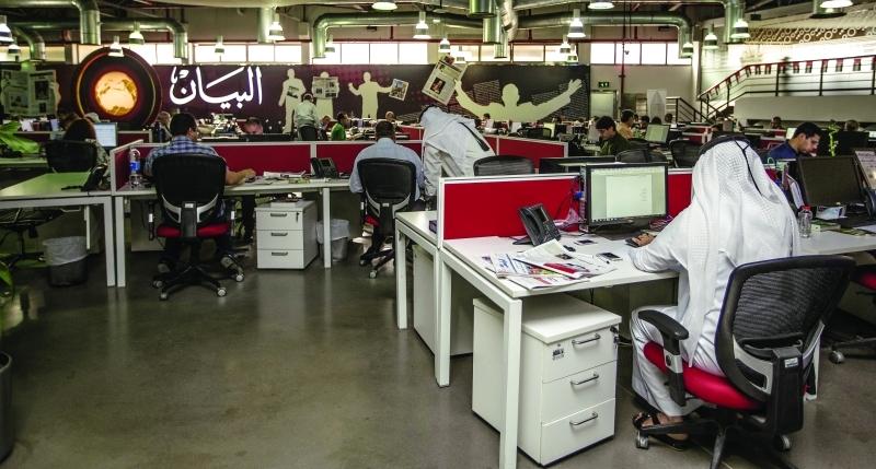 الصورة : ■ مكاتب ذكية في الفجيرة ورأس الخيمة والعين متصلة بمركز الصحيفة في دبي     البيان