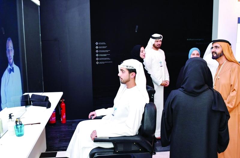 ■ نائب رئيس الدولة خلال جولة بحضور محمد القرقاوي وعهود الرومي