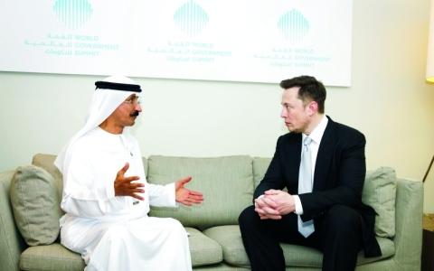 الصورة: الصورة: «موانئ دبي» تبحث استخدام «بطاريات تيسلا» لتخزين الطاقة المتجددة