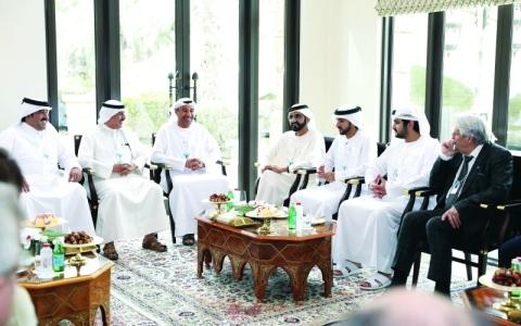 الصورة: الصورة: نائب رئيس الدولة يستقبل عدداً من عمداء المدن ورؤساء البلديات