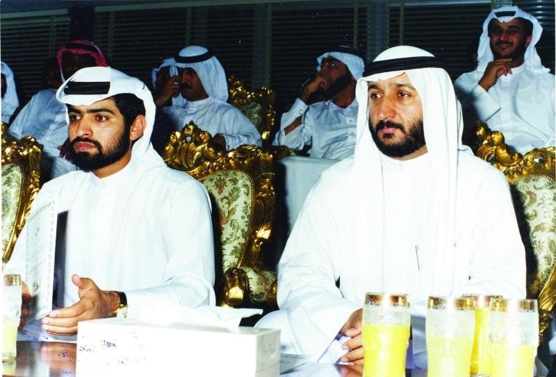 الصورة : Ⅶ حمدان بن مبارك ومعه سلطان السويدي في مناسبة رياضية |  ارشيفية
