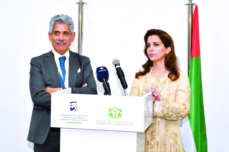 هيا بنت الحسين وجوسيبي سابا خلال الافتتاح | تصوير: محمد هشام
