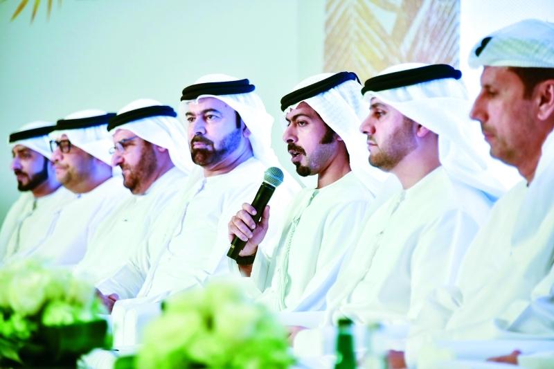 الصورة : ■ خليفة بن طحنون ومحمد القرقاوي وعبد الله الشيباني وأحمد المزروعي ومحمد الضنحاني خلال المؤتمر الصحافي  |  من المصدر