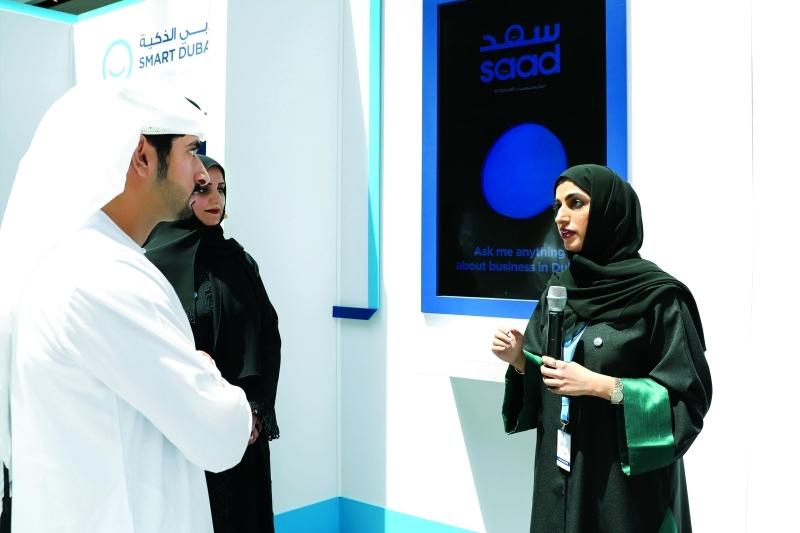 سموه مطلعاً على استراتيجية دبي الذكية