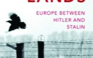 الصورة: الصورة: «أراضي الدم» خريطة القتل والفتك من هتلر إلى ستالين