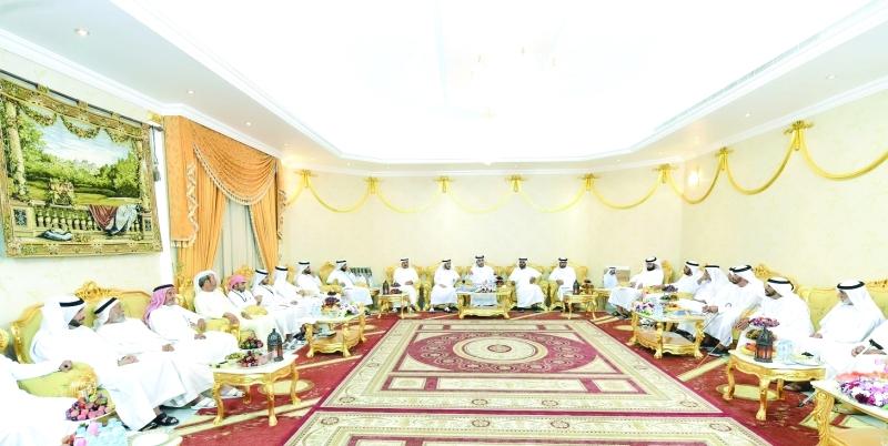 الصورة : جانب من مجلس وزارة الداخلية والذي استضافه علي بن رشيد في الذيد بإمارة الشارقة