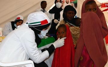 الصورة: (ح12) الهلال الأحمر الإماراتي.. قصص مؤثرة حول العالم