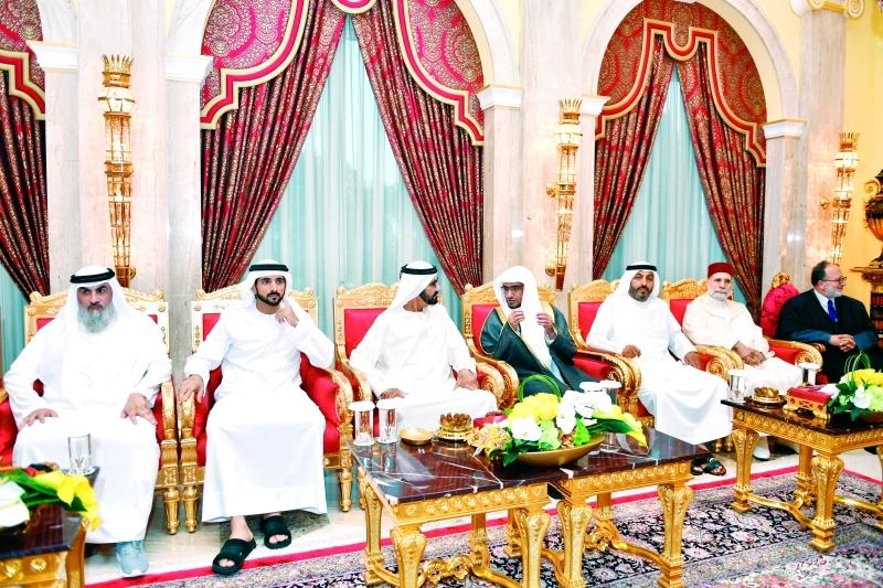 الصورة : ■ محمد بن راشد وحمدان بن محمد خلال اللقاء بحضور محمد بن حمدان ومحمد الكعبي