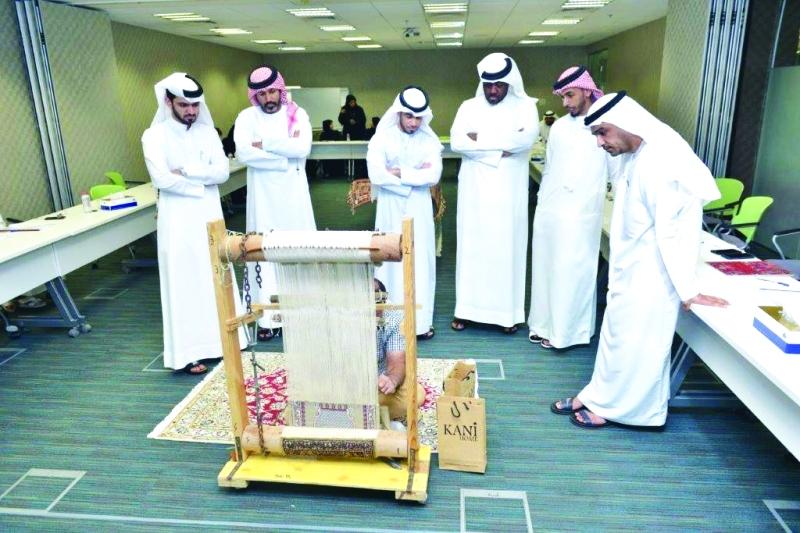 الصورة : برنامج اكتشاف السجاد المقلد أحدث ابتكارات جمارك دبي    من المصدر
